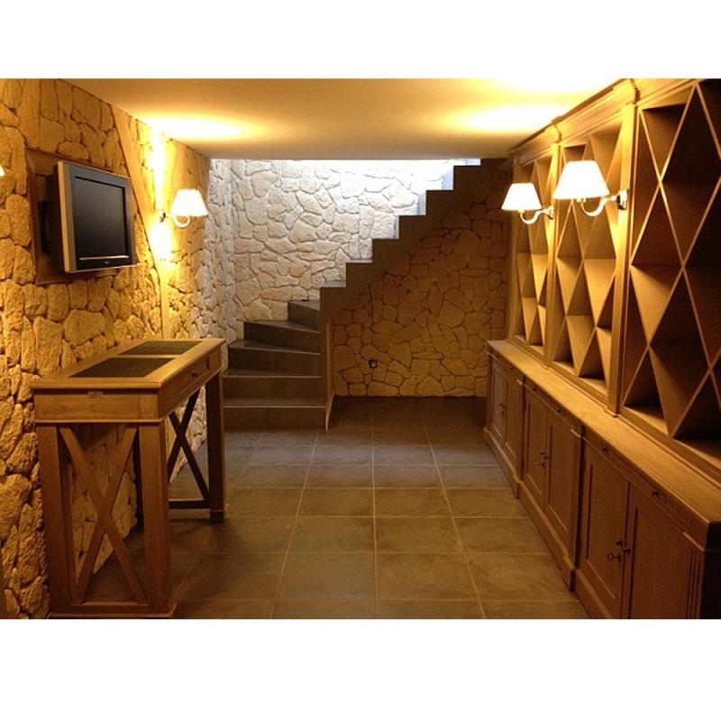 Am 233 Nagement Cave Cellier