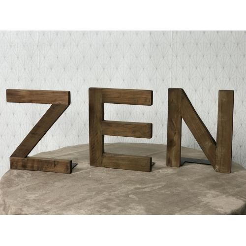 Lettres Zen en teck recyclé